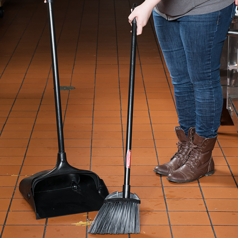 Rubbermaid Executive Lobby Broom With Polypropylene Fill