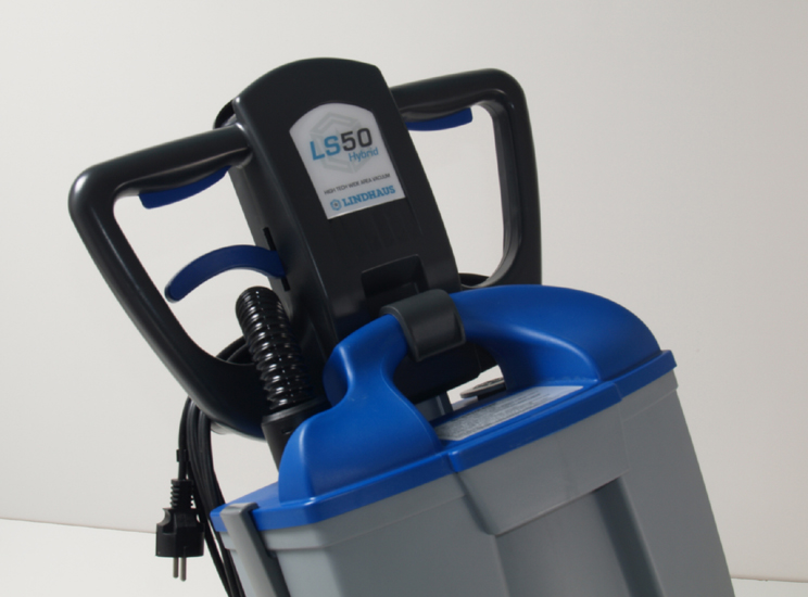 Wide Area Upright Walk Behind Vacuum Cleaners For Extra